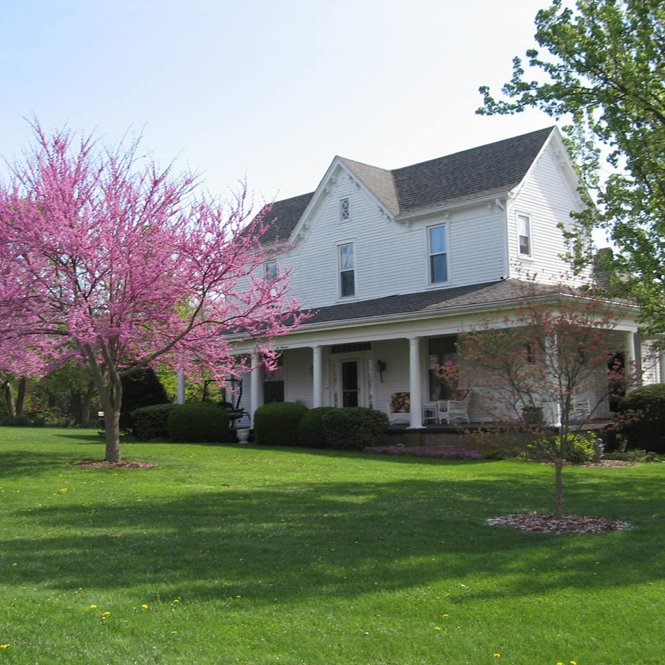 1898 Red Bud Bed And Breakfast Mom And Pop Motels